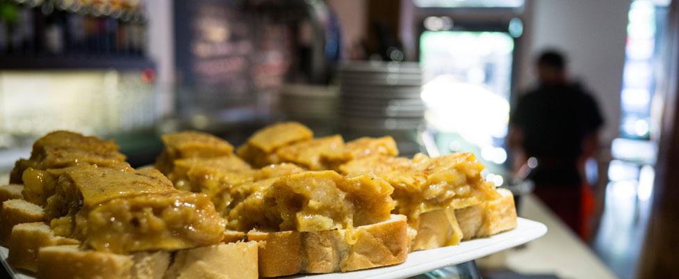 pincho de tortilla txirimiri madrid a tu estilo