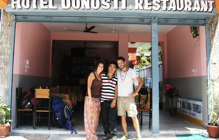 «Patata tortilla»: la aventura nepalí de dos madrileños de adopción