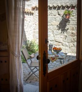 Alojamientos rurales La Aldaba en Navalagamella. Foto Javier Arroyo Atelier Fotográfico